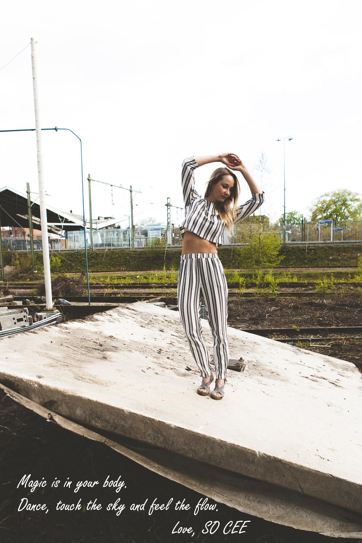 so-cee.lifestyle.blog.fashion.dutch.outfitoftheday.clean.minimal.streetstyle.henk.stripes.tien.tilburg.4