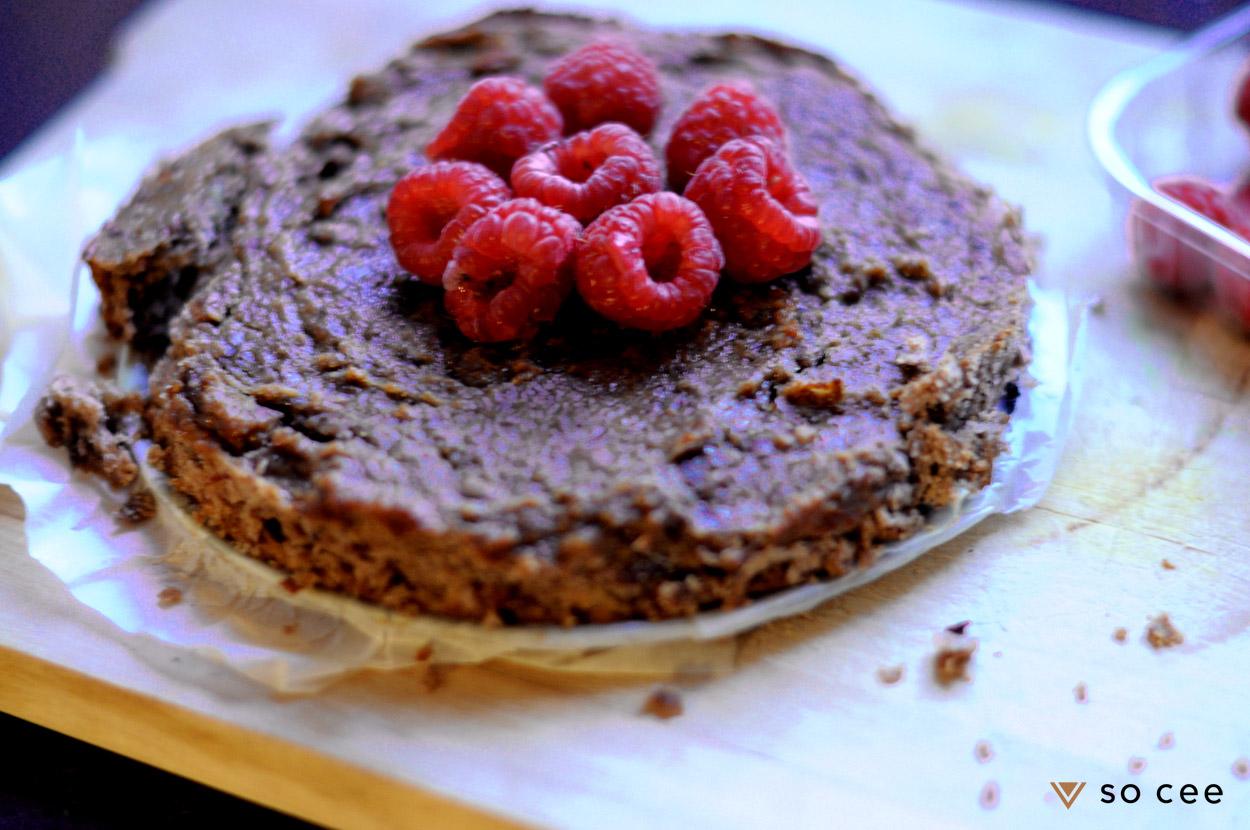 so-cee-lifestyle-blog-kerst-recept-glutenvrij-lactosevrij-dessert-nagerecht-frambozen-chocolade-cake-lunch-gezond-coach-afvallen-dieet-tussendoor-2